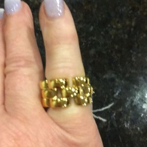 Gold sliced scallop ring by Kate spade